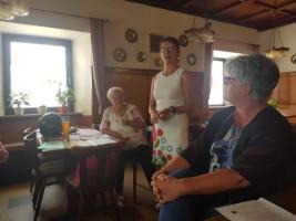 Unsere Oberbürgermeister-Kandidatin Karin Frankerl besuchte den Seniorenstammtisch beim Riecherspund in der Rathausstraße.