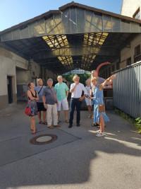 Die SPD Stadtratsfraktion hat sich vor Ort über den Zustand des alten Schlachthofs informiert.